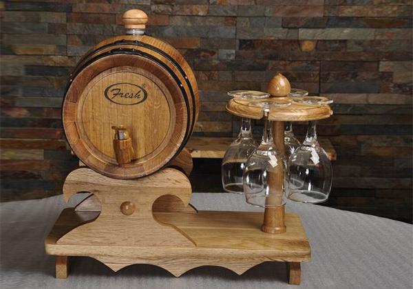 广州原木色杯架式橡木桶